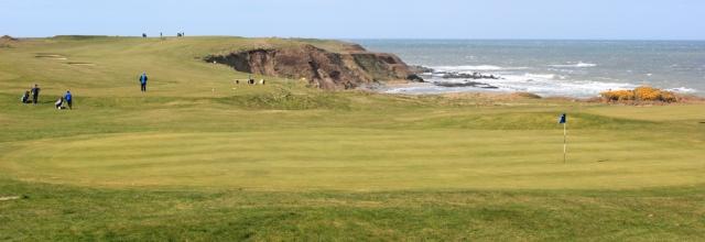 02 golf green, Morfa Nefyn, Ruth Livingstone walking the Llyn Coast Path