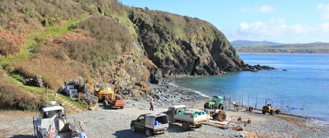 04 Porth Meudwy, Ruth walking the coast, Llyn Peninsula