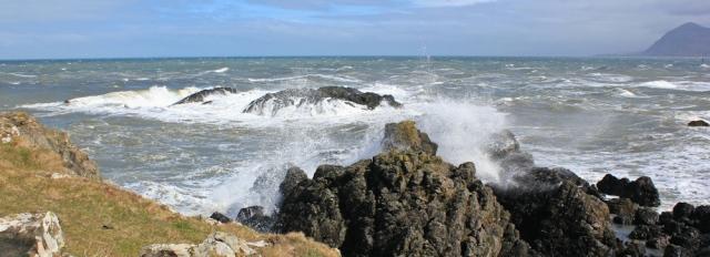 05 wild water, Porth Dinllaen, Ruth hiking around the coast, Wales