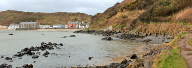 08 Porth Dinllaen, Ruth walking the coast, Morfa Nefyn, Wales