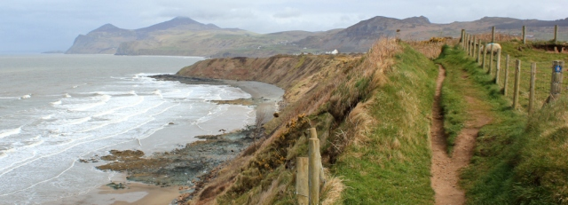 11 Lyn Coast Path, Ruth walking to Penrhyn Nefyn, Wales