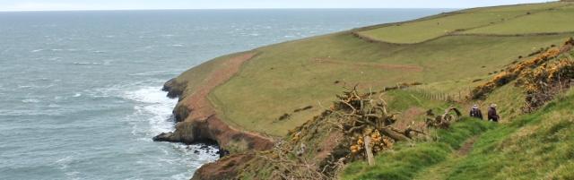 11 towards Trwyn Cilan, Ruth walking the Lleyn Peninsula
