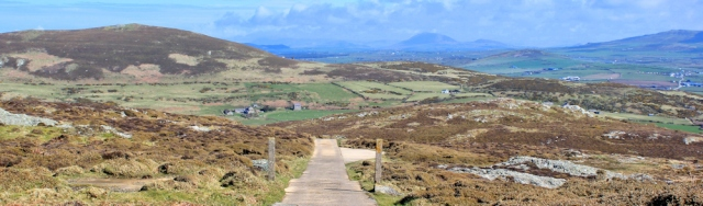 15 road at top of Mynydd Mawr, Ruth walking the Wales Coast Path, Llyn