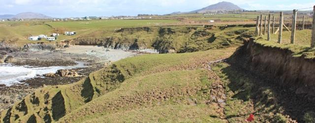 16 mud, Towyn, Ruth walking the Llyn coast path