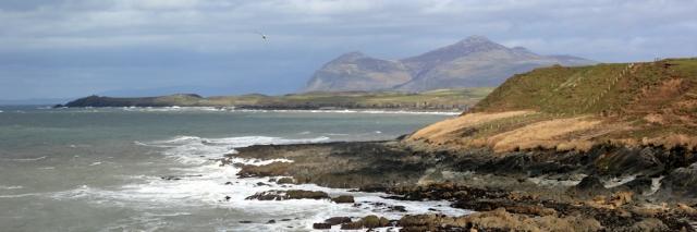 17 storms over Nefyn, Ruth walking the Wales Coast, Llyn