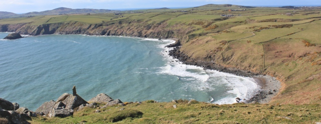 18 looking towards Aberdaron, Ruth on Penarfynydd