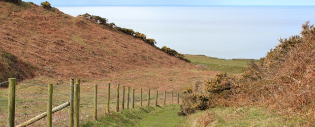 03 path down to the sea, Trefor, Ruth Livingstone