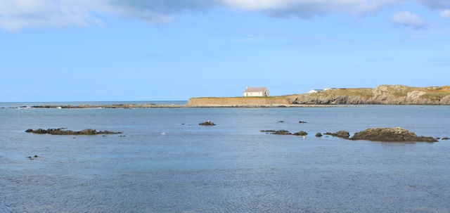 07 church on tidal island, Ruth's coastal walk, Anglesey