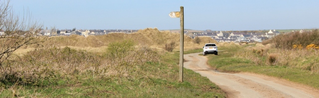 14 dune detour, Tywyn Aberffraw, Ruth hiking in Anglesey