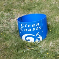a07 Clean Coasts litter bin, Ruth walking in Anglesey