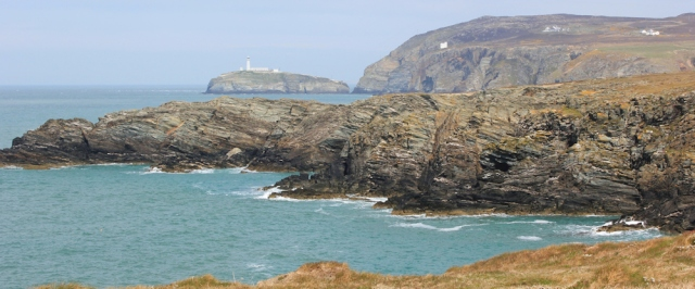 09 South Stack across Porth y Gwin, Ruth's coastal walk, Anglesey