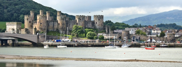 03 Conwy castle, Ruth hikin gin North Wales