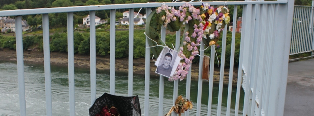 08 memorial tributes on the Menai Suspension Bridge, Ruth's coastal walk
