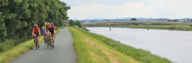 22 serious cyclists, River Dee, Ruth Livingstone