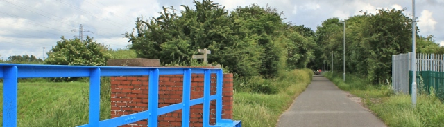 32 cycle way, Ruth Livingstone in Shotton