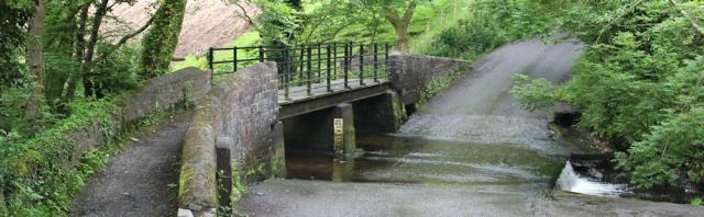 a04 ford, Dyffryn Cegin Valley, Ruth on the Wales Coast Path