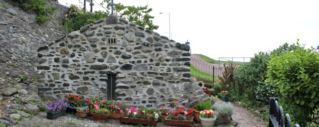 a12 St Trillo's Chapel, Ruth Livingstone in Rhos on Sea