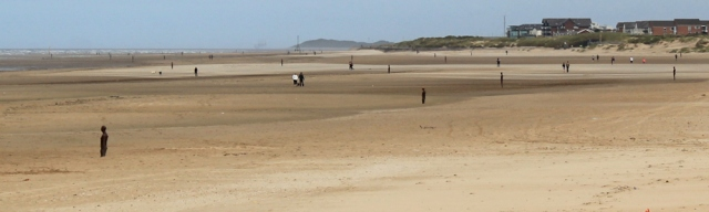 03 Gormley iron men on Crosby Beach, Ruth Livingstone