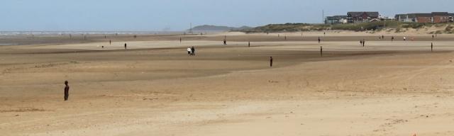 03 Gormley iron men on Crosby Beach, Ruth Livingstone