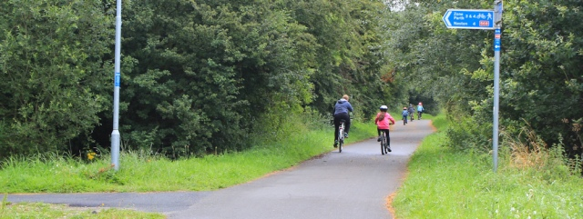 04 cycle-walkway to Chester, Ruth's coatal walk