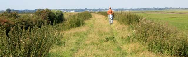 24 topless man, Ruth hiking to Hesketh Bank