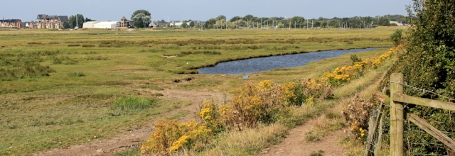 02-footpath-to-lytham-ruth-livingstone-walking-the-coast-in-lancashire