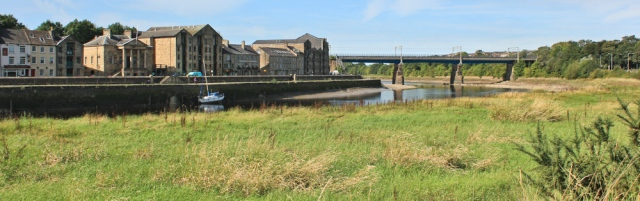 08-st-georges-quay-lancaster-ruth-hiking
