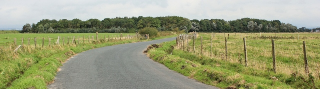 12-approaching-lane-ends-amenity-area-ruths-coastal-hike-lancashire