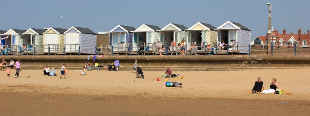 21-beach-huts-ruth-walking-through-lytham-st-annes
