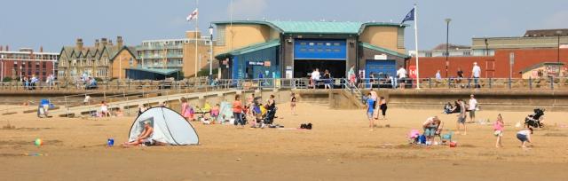 23-lytham-st-annes-seafront-ruths-coatal-walk-lancashire