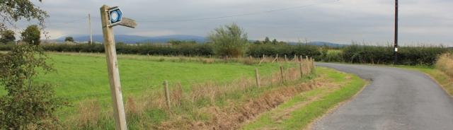 24-country-roads-ruths-coastal-walk-around-the-uk