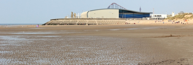 28-south-end-of-blackpool-ruths-coastal-walk