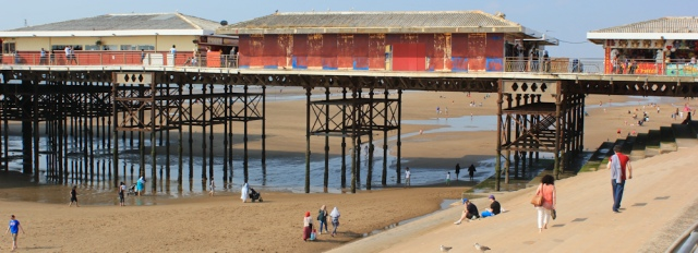 41-south-pier-blackpool-walking-the-english-coast-ruth-livingstone