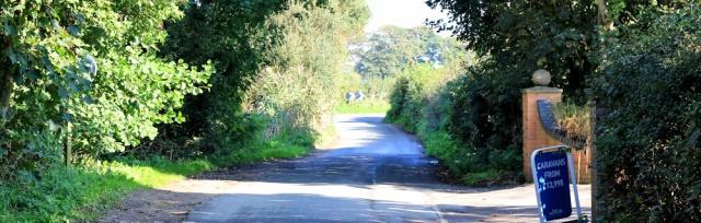 03-road-walking-ruth-walking-the-english-coast