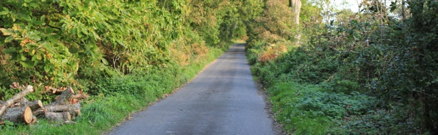 04-country-lane-from-cark-ruth-walking-the-english-coast