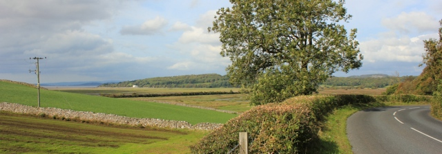 04-country-road-to-silverdale-ruth-walking-the-english-coast