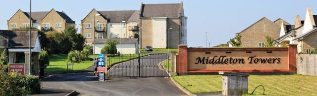 07-middleton-towers-gated-community-ruths-coastal-walk-lancashire