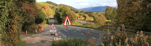12-cross-over-a590-ruth-hiking-in-cumbria