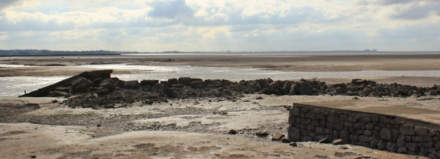 13-across-morecambe-bay-to-heysham-ruth-hiking-the-coast