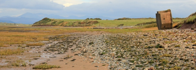 13-pillbox-4-ruth-walking-the-english-coast-duddon-sands