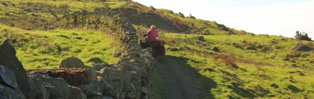19-farmer-on-quadbike-ruth-walking-the-english-coast