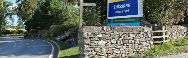 28-lakeland-leisure-park-ruth-walking-the-english-coast