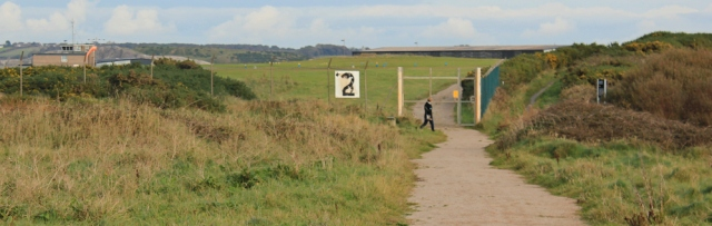 32-path-around-walney-island-airport