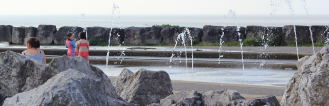 b05-fountains-ruth-walking-the-english-coast