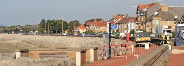 b20-construction-works-morecambe-bay-ruth-walking-the-english-coast