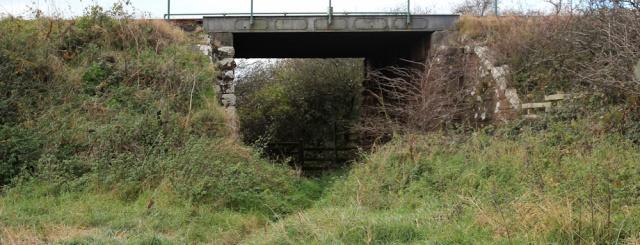 26-railway-bridge-esk-ruth-livingstone-walking-the-english-coast