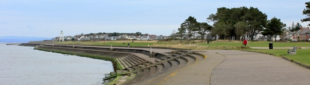 03-silloth-promenade-ruth-walking-the-english-coast-cumbria