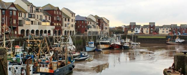 28-new-build-marina-at-maryport-ruth-hiking-the-cumbrian-coast