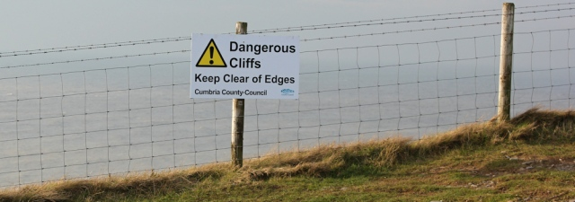 31-dangerous-cliffs-ruth-walking-to-workington