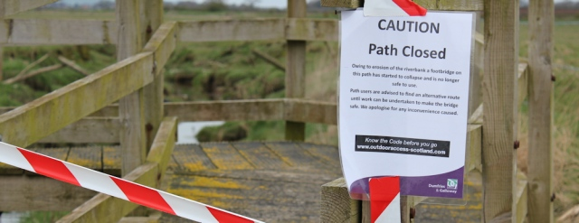 11 path closed sign, River Nith, Ruth hiking to Dumfries, Scotland